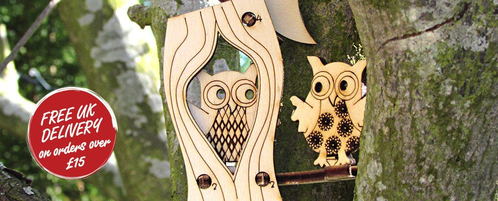 owl-popup-wooden-gift-card2